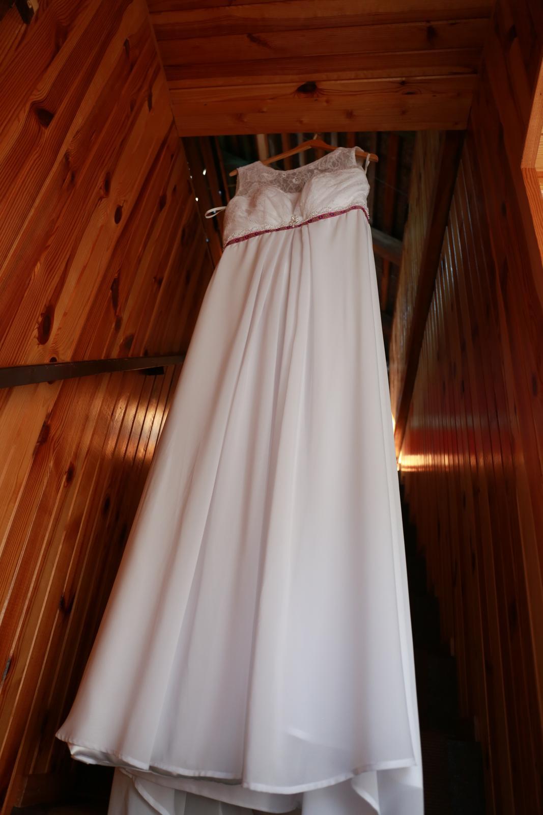 svadobné šaty aj na ľudovú nôtu - Obrázok č. 2