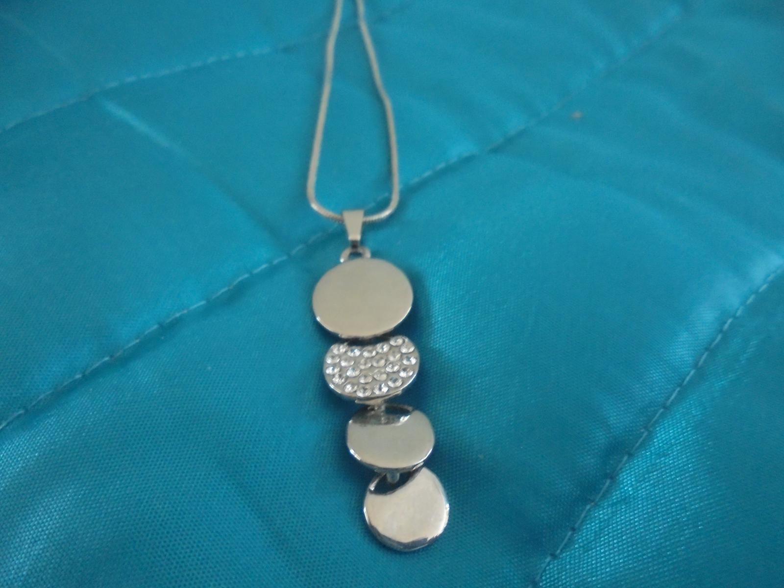 sada- náušnice a náhrdelník - Obrázok č. 2