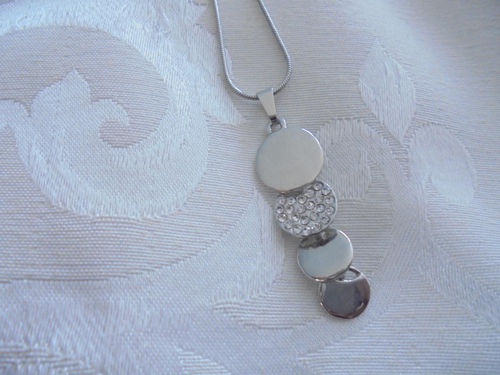 sada- náušnice a náhrdelník - Obrázok č. 4