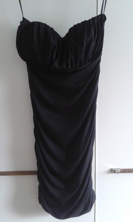 Puzdrové elastické šaty - Obrázok č. 1