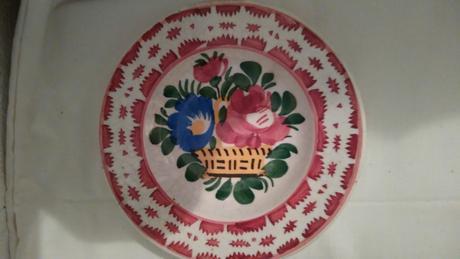 malovany tanierik kvety v kosiku - Obrázok č. 1