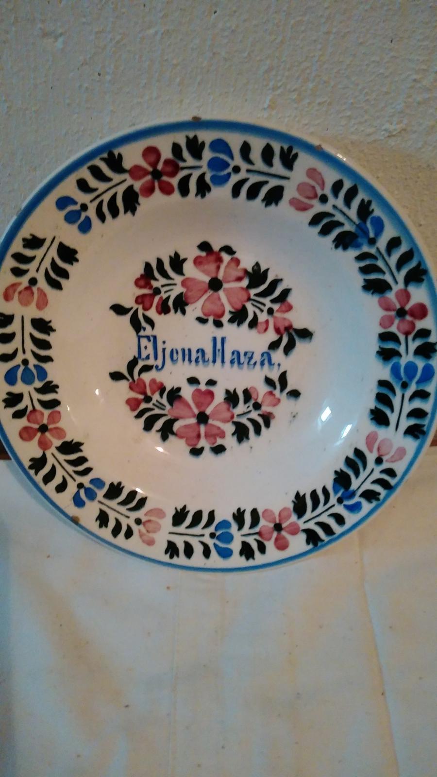tanier maľovaný eljena haza - Obrázok č. 1