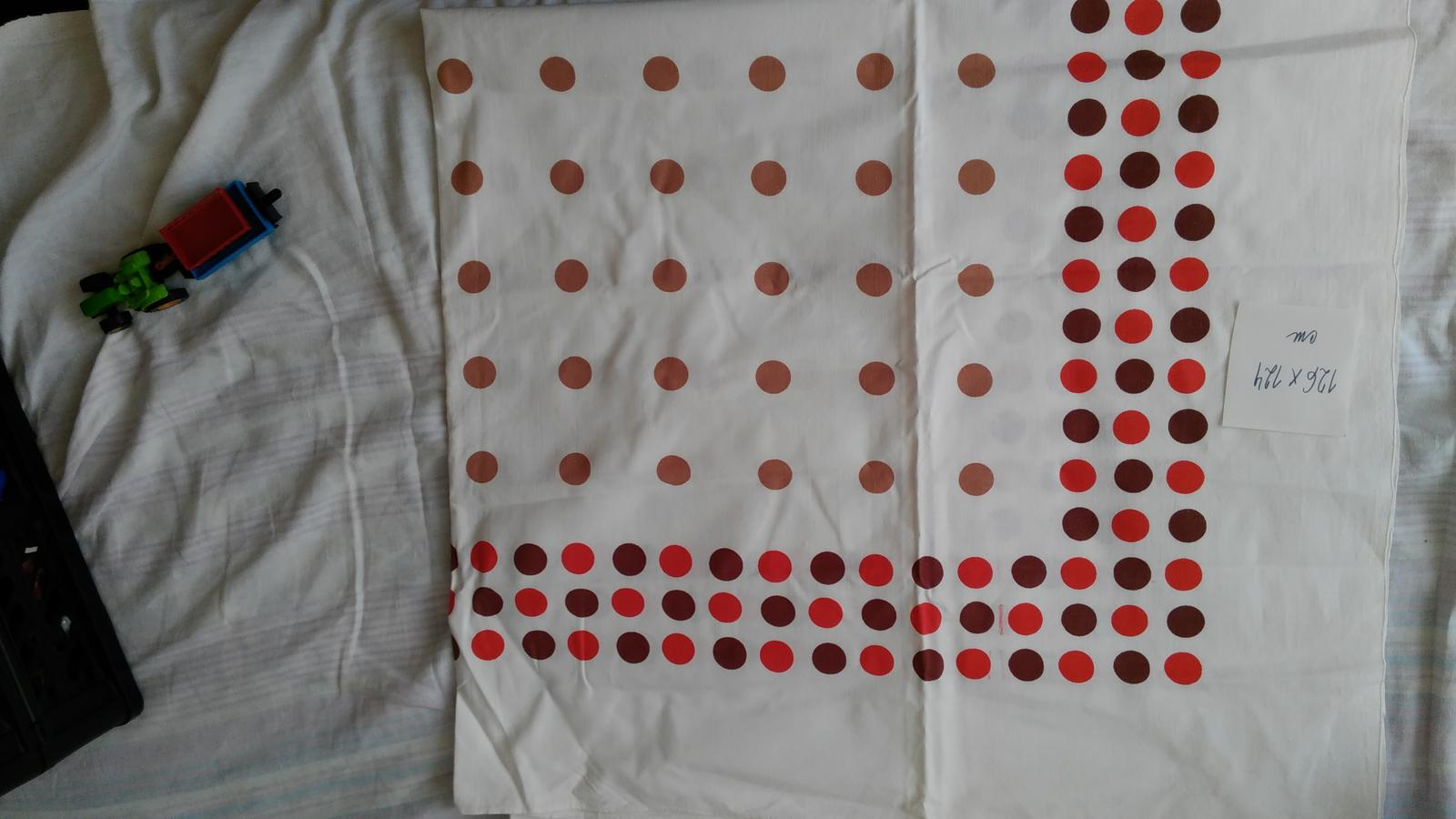 obrus bodkovaný - Obrázok č. 1