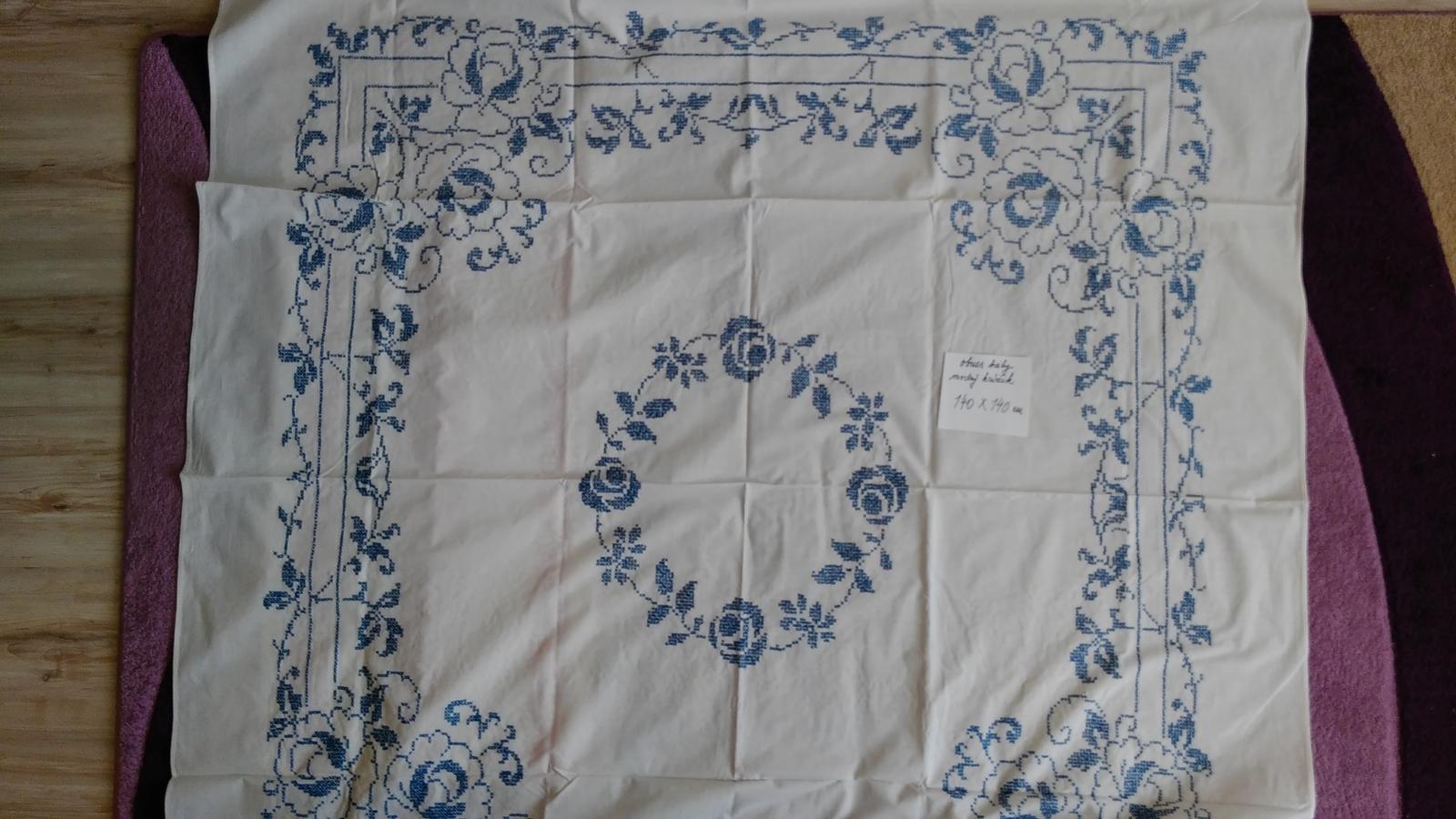 obrus modrý krížik - Obrázok č. 1