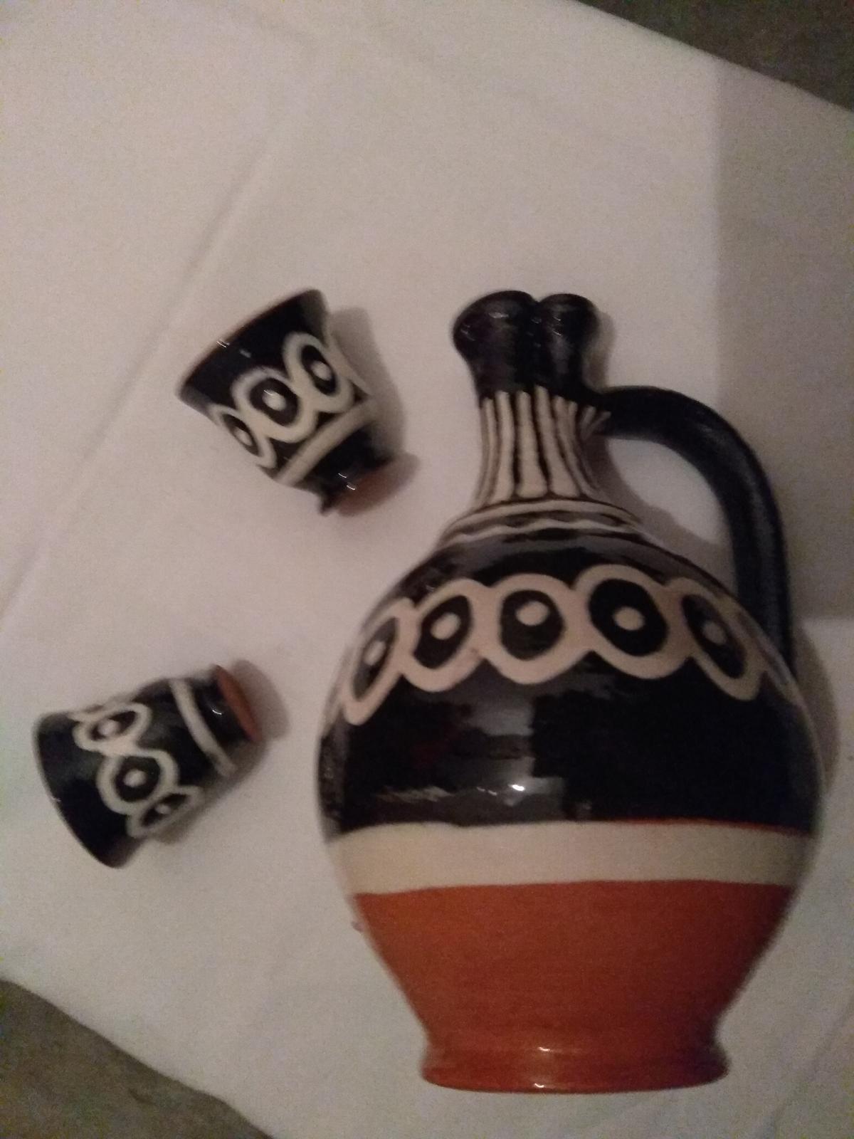 keramický džbán s pohárikmi - Obrázok č. 1