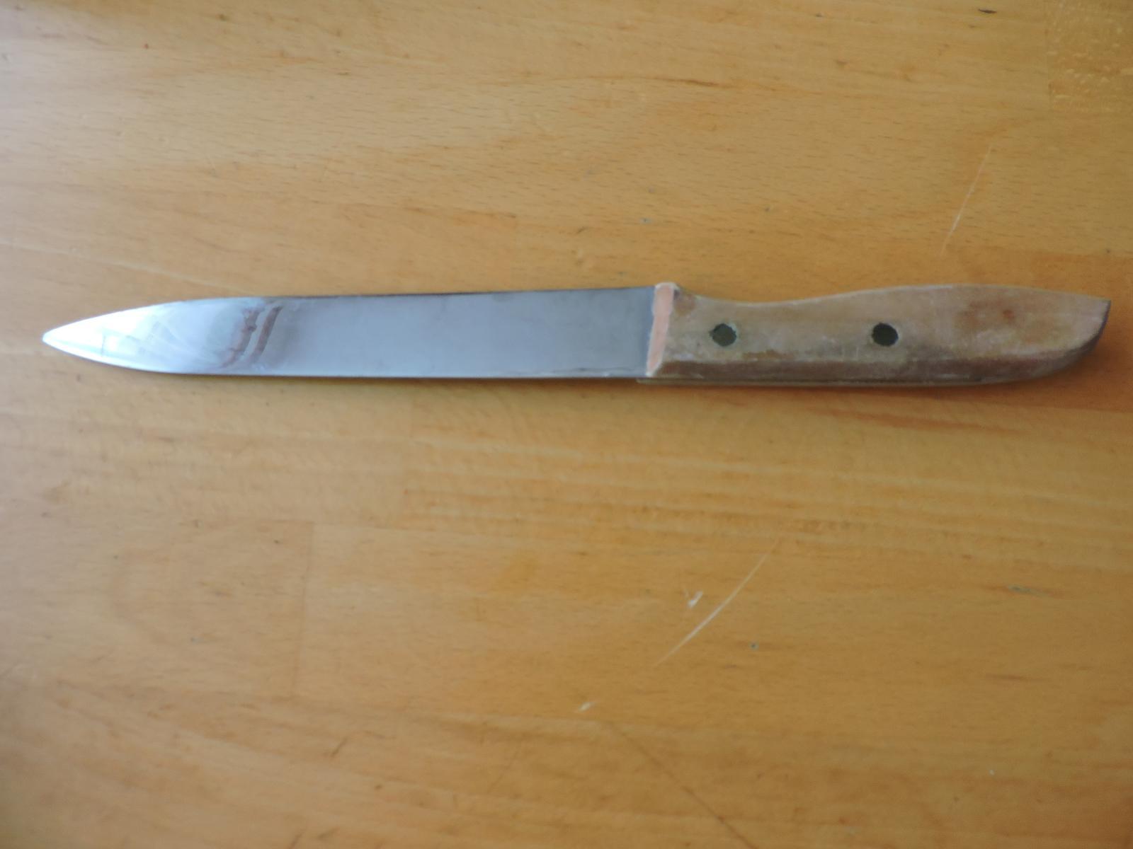 nôž s drevenou rukoväťou - Obrázok č. 3