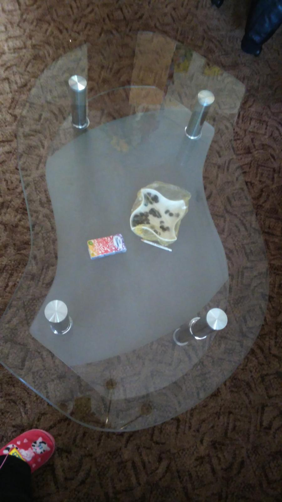 stolík sklenený - Obrázok č. 1