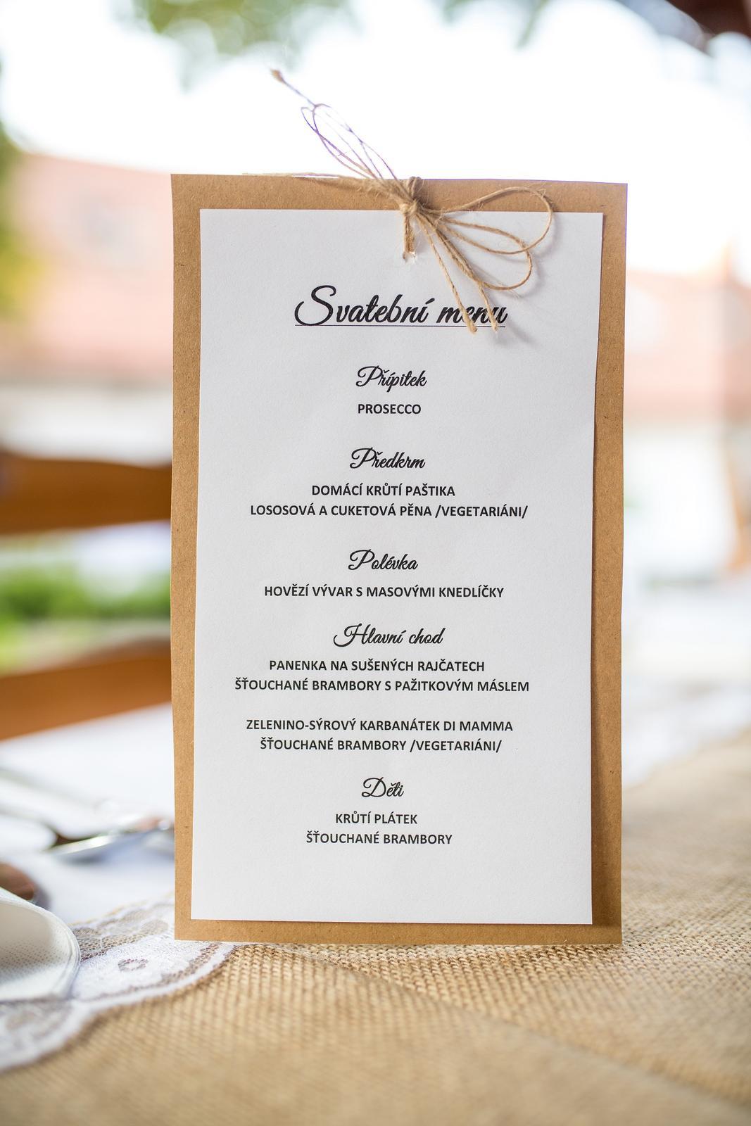 Kartičky na svatební menu, kraft papír, mašlička. - Obrázek č. 1