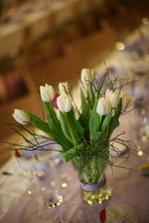 tulipanky na stole