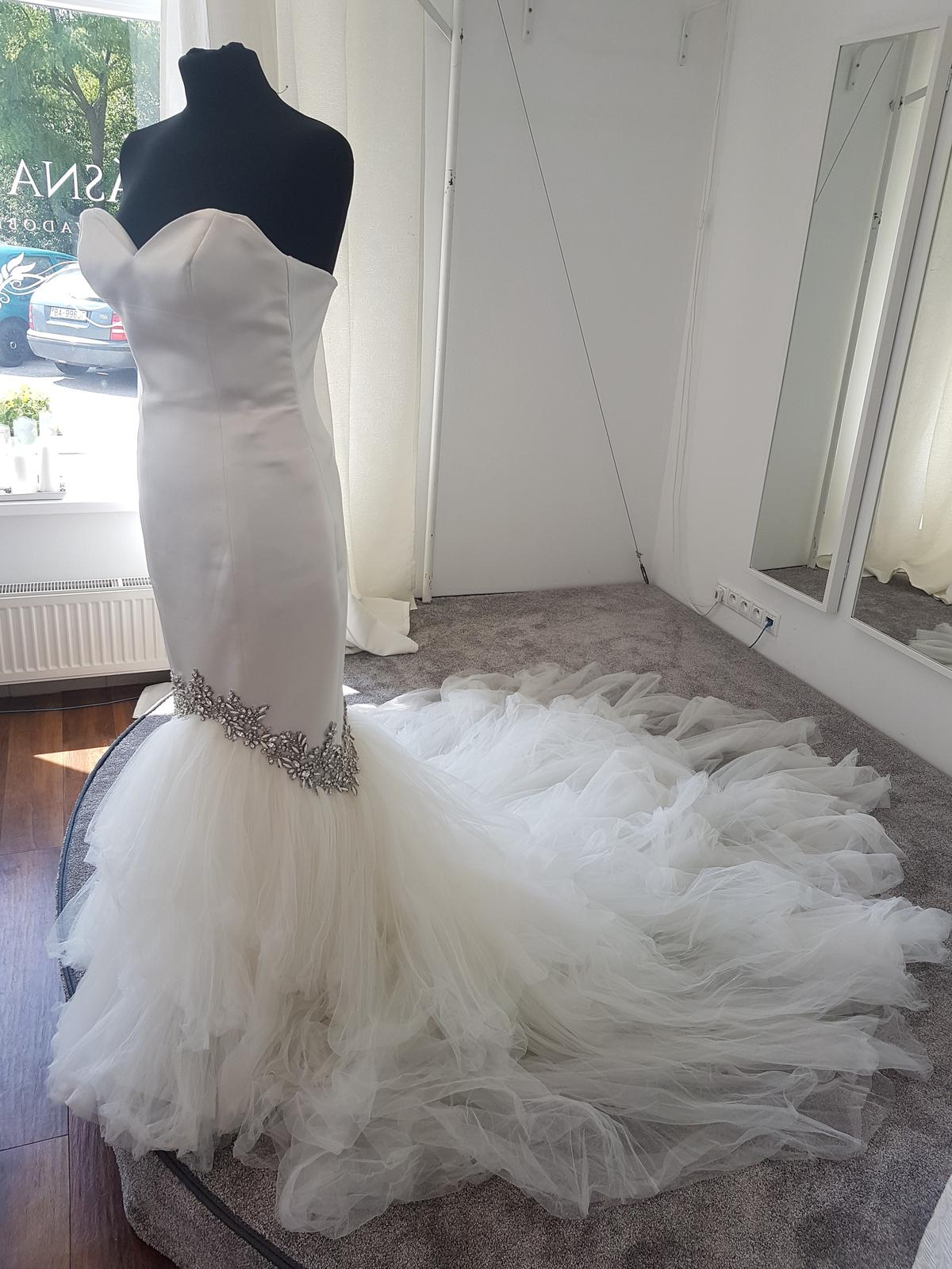 Svadobné šaty Enzoani - Obrázok č. 2