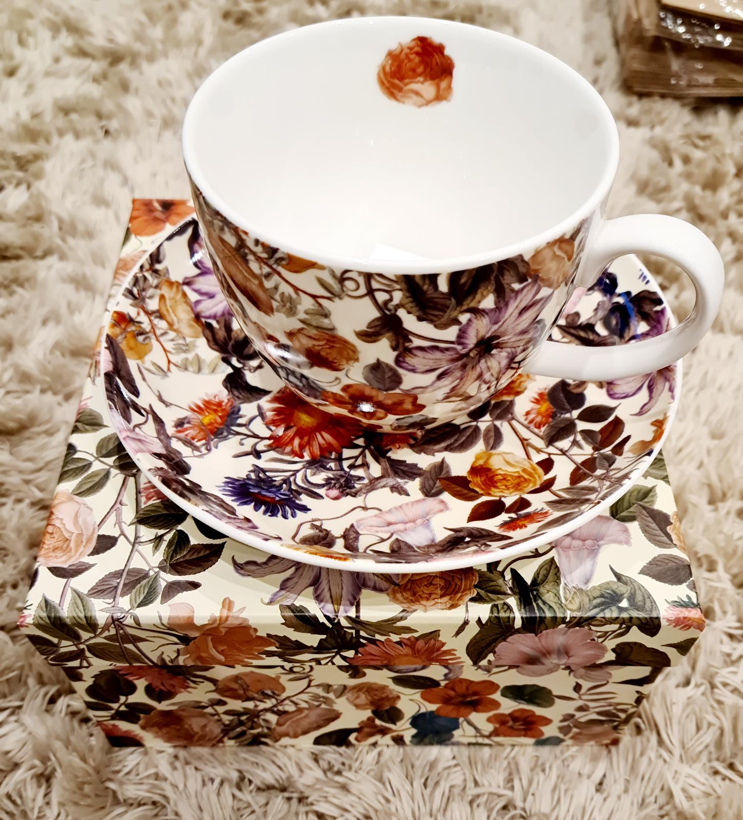 NOVÉ Porcelánové šálky na čaj s podšálkou - Obrázok č. 1