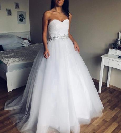 nabírané svatební šaty velikosti xs-m - Obrázek č. 1