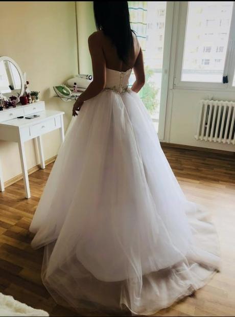 Nové princeznovské šaty xs-m - Obrázek č. 1