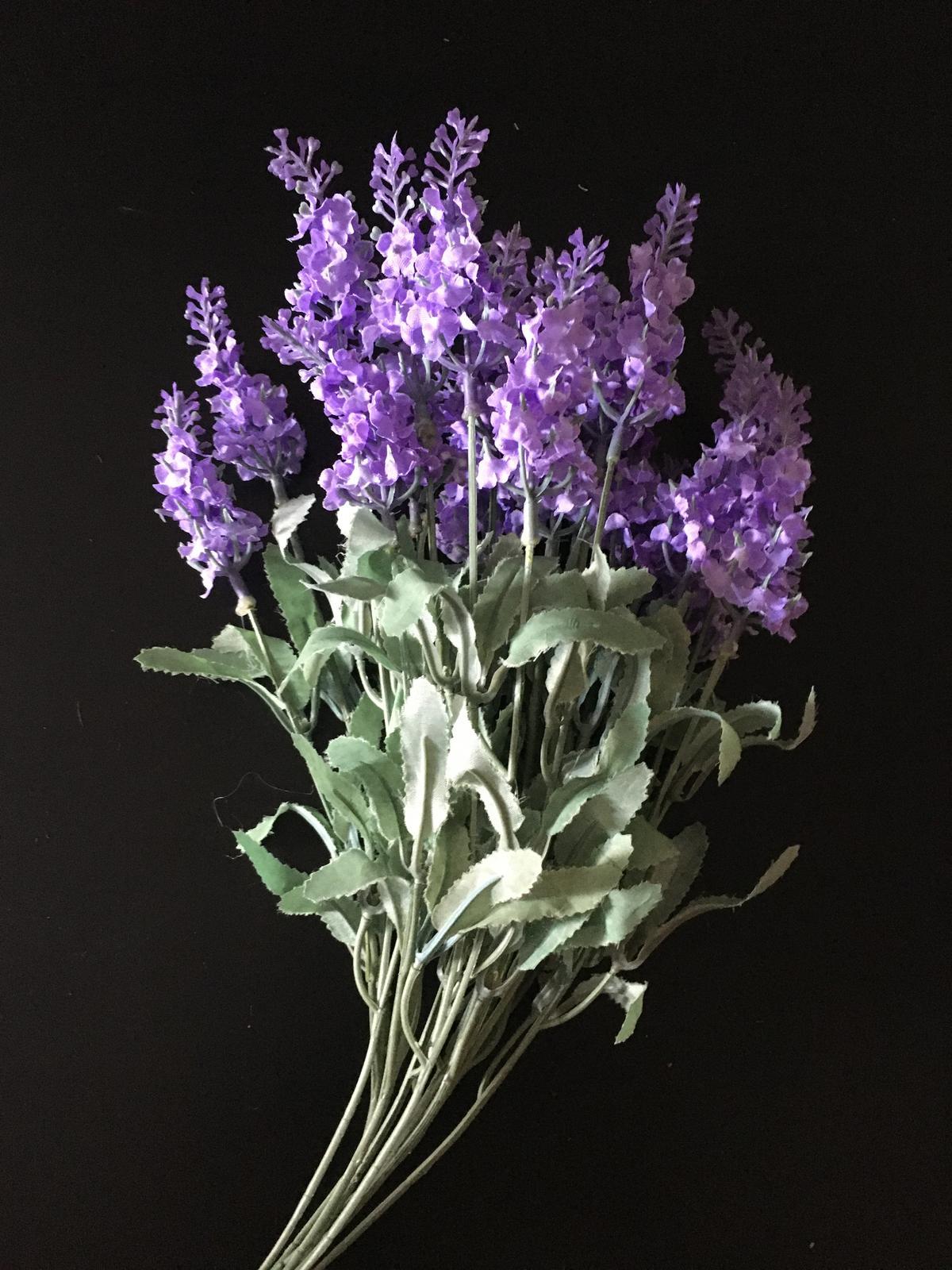 Dekorace květina levandule svazek umělá NOVÉ - Obrázek č. 1