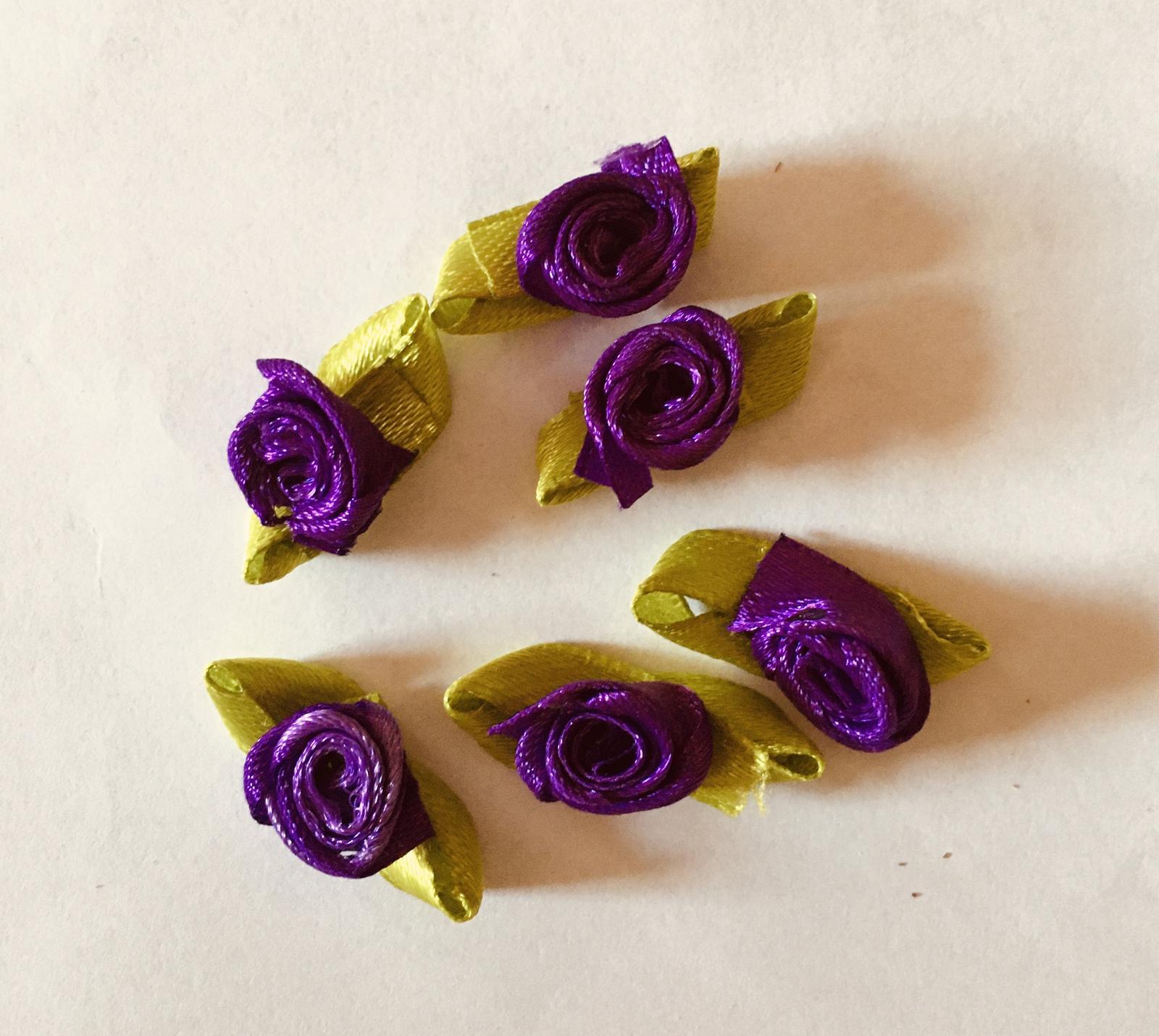 Dekorační květ látkový fialový 6 ks NOVÉ - Obrázek č. 1