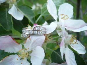 zásnubní prstýnek od miláčka :-)