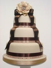 naša torta, dúfam, že bude taká pekná ako táto