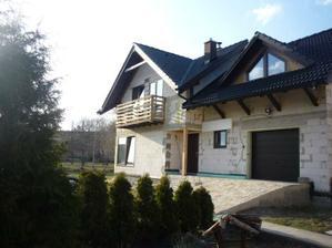 """V sobotu 31.3.2012 montáž """"kolaudačného"""" balkóna."""
