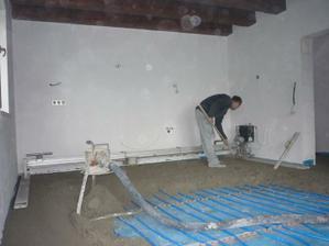 Pomocník - zarovnávacie zariadenie Floor Master.