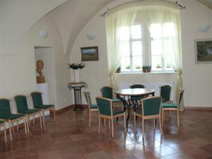 Přerov, obřadní síň, muzeum J A Komenského - čekací místnost