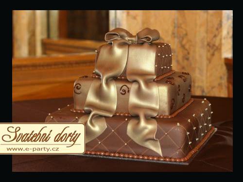 Monicska a Petusko 07.08.2010 - takato bude svadobna torticka