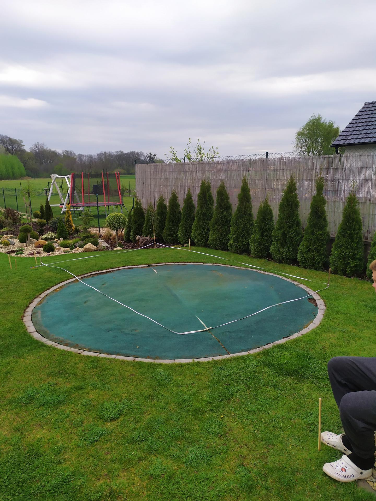 Bazén srpen 2020: doplněk naší zahrady😉 - Plánování březen 2020