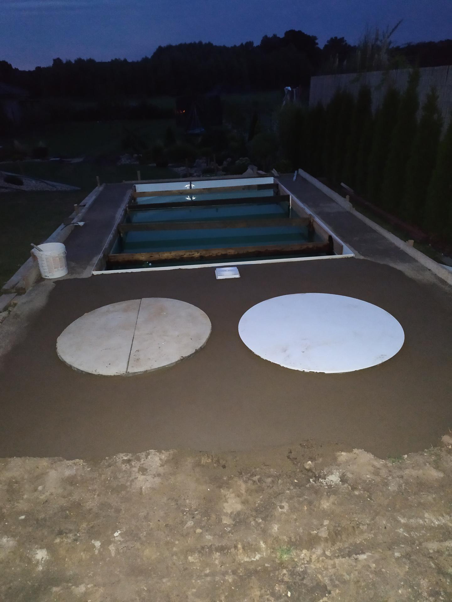 Bazén srpen 2020: doplněk naší zahrady😉 - Obrázek č. 9