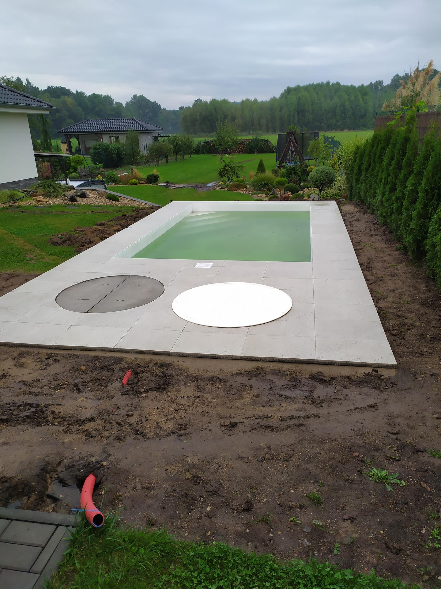 Bazén srpen 2020: doplněk naší zahrady😉 - Obrázek č. 12