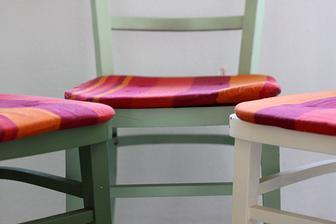staré žisle + různé odstíny balakrylu a máme nové venkovní sezení