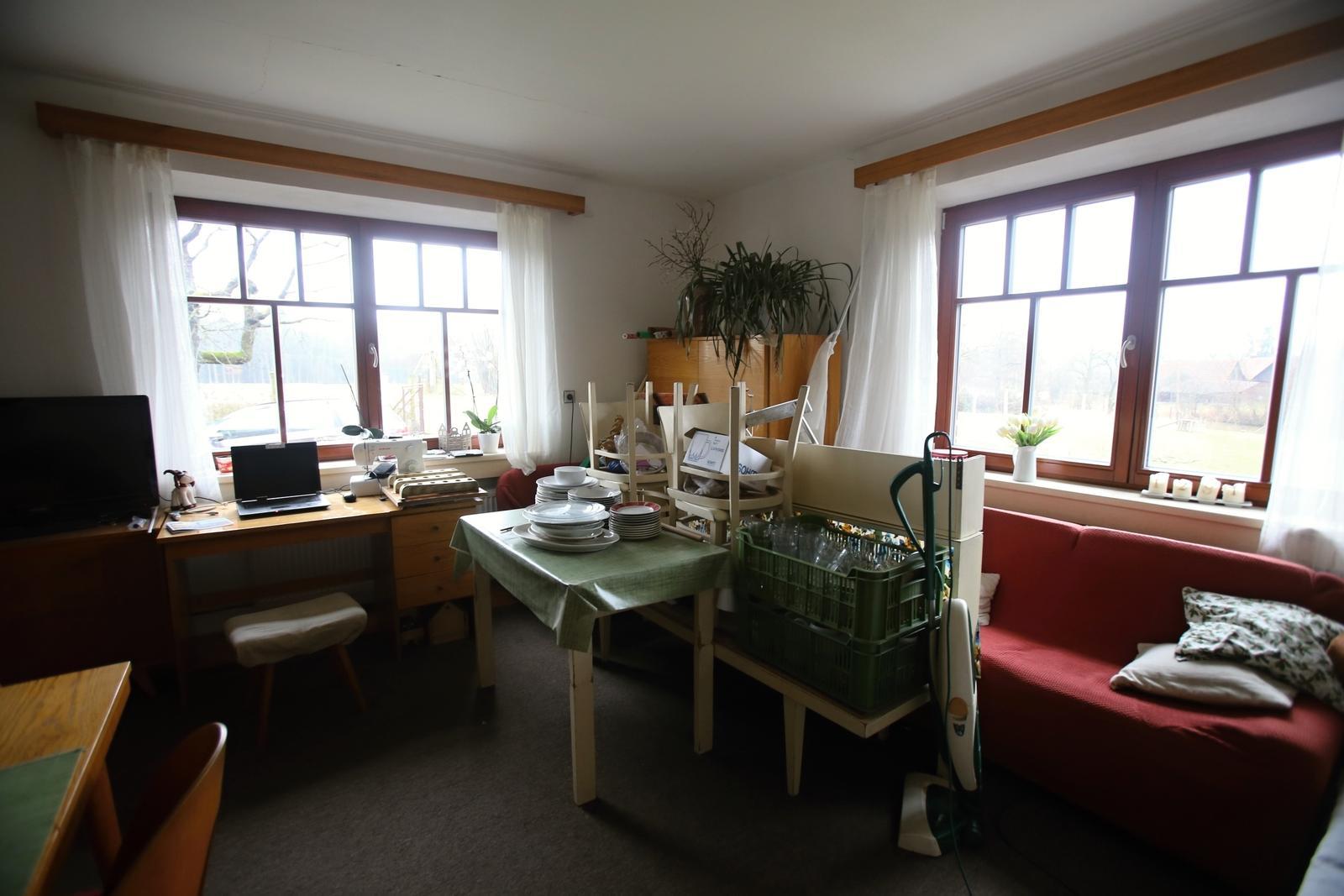Modernizujeme kuchyňku - skladiště místo obýváku