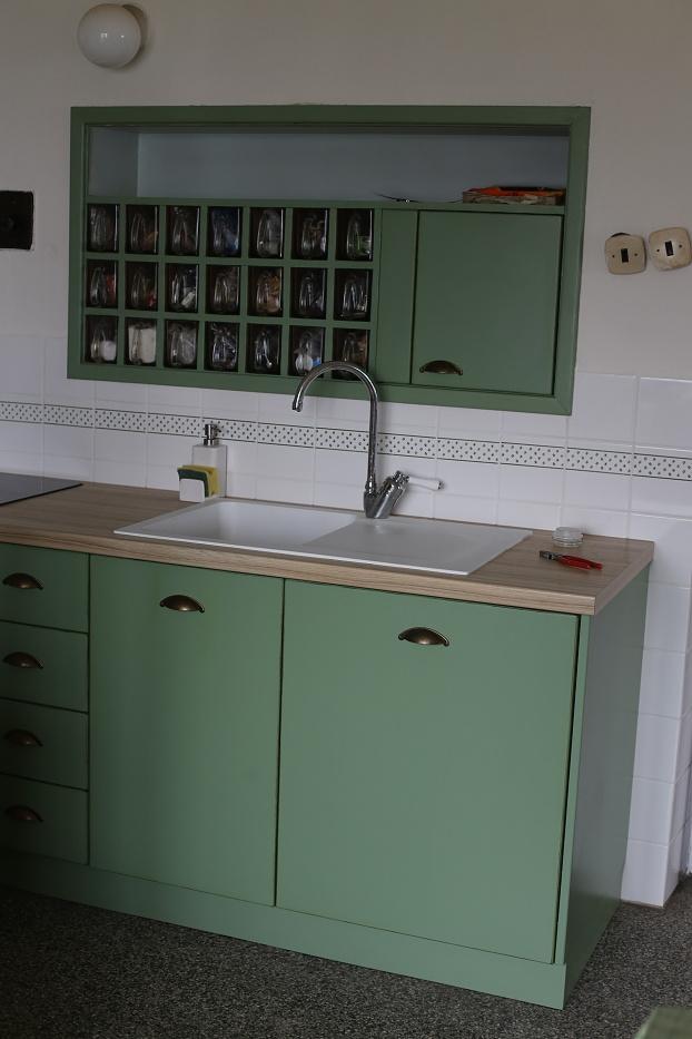 Modernizujeme kuchyňku - pořád nám chybí vypínače :-(
