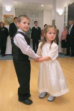 foto: L. Gustafik - synovec a neterka. Boli uzasni!