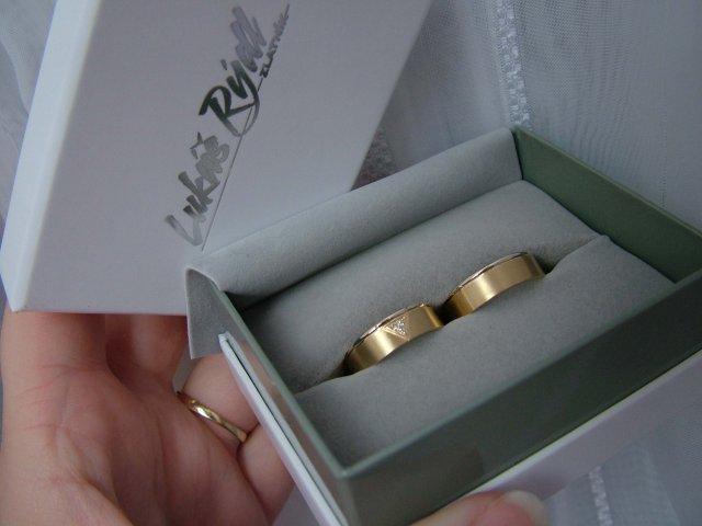Inspirace na 18.9.2010 - naše snubní prstýnky