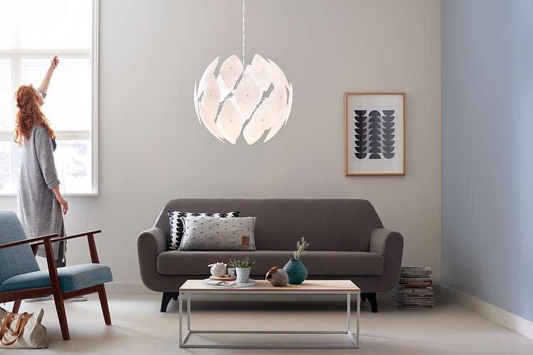 Světla - inspirace - https://www.dekolamp.cz/zavesne-svitidlo-lustr-philips-40934-31-pn-chiffon-e27-bila.html