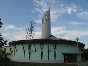 """""""náš"""" kostolík v Petržalke"""