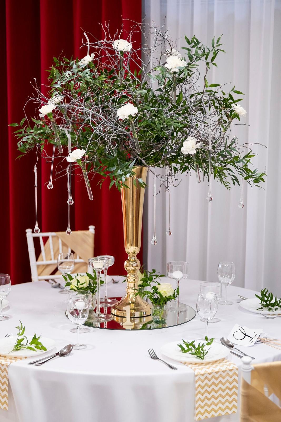 Zlatá luxusná váza na prenájom - Obrázok č. 1