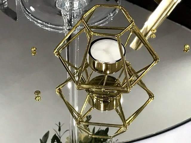 Zlatý a medený svietnik geometrický tvar - Obrázok č. 1