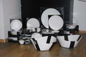 dnešní nákup porcelánového servisu - je boží:-)