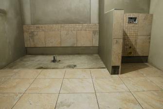Hlavní koupelna s vanou - tedy moje :-)