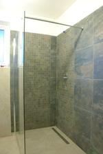 sprcha skoro hotová...