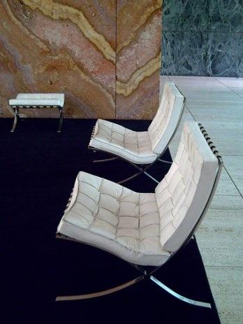 Barcelona chair, a další designová křesílka - Obrázek č. 22