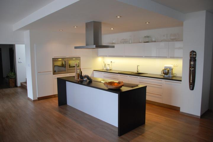 Zařizujeme náš domeček .... - Focení na web pro firmu, co dělala kuchyni....