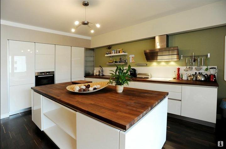 Inspiracie kuchyna - Krasna kuchyna..asi takto si predstavujem aj tu nasu.. :)