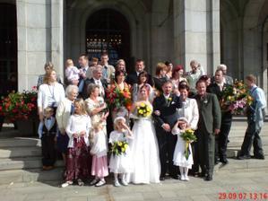společné foto před radnicí