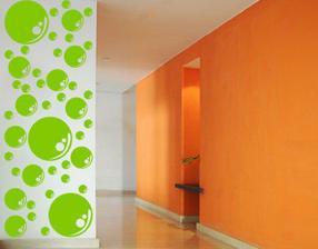 tie zelené bublinky,v kombinácii s oranžovou sú prekrásne,farebné :)