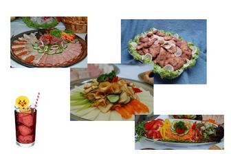 Na večeři budou obložené mísy, ať si každý vezme na co má chuť až bude mít hlad - budou i řízečky a pečené maso, na to se ženich těší už teď.