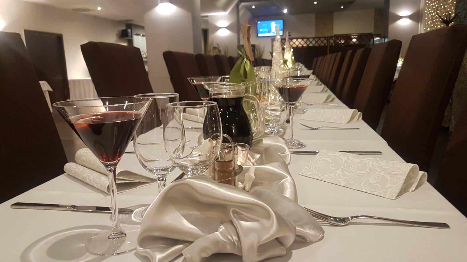 Firemný večierok v Maranello-ristorante - Obrázok č. 13