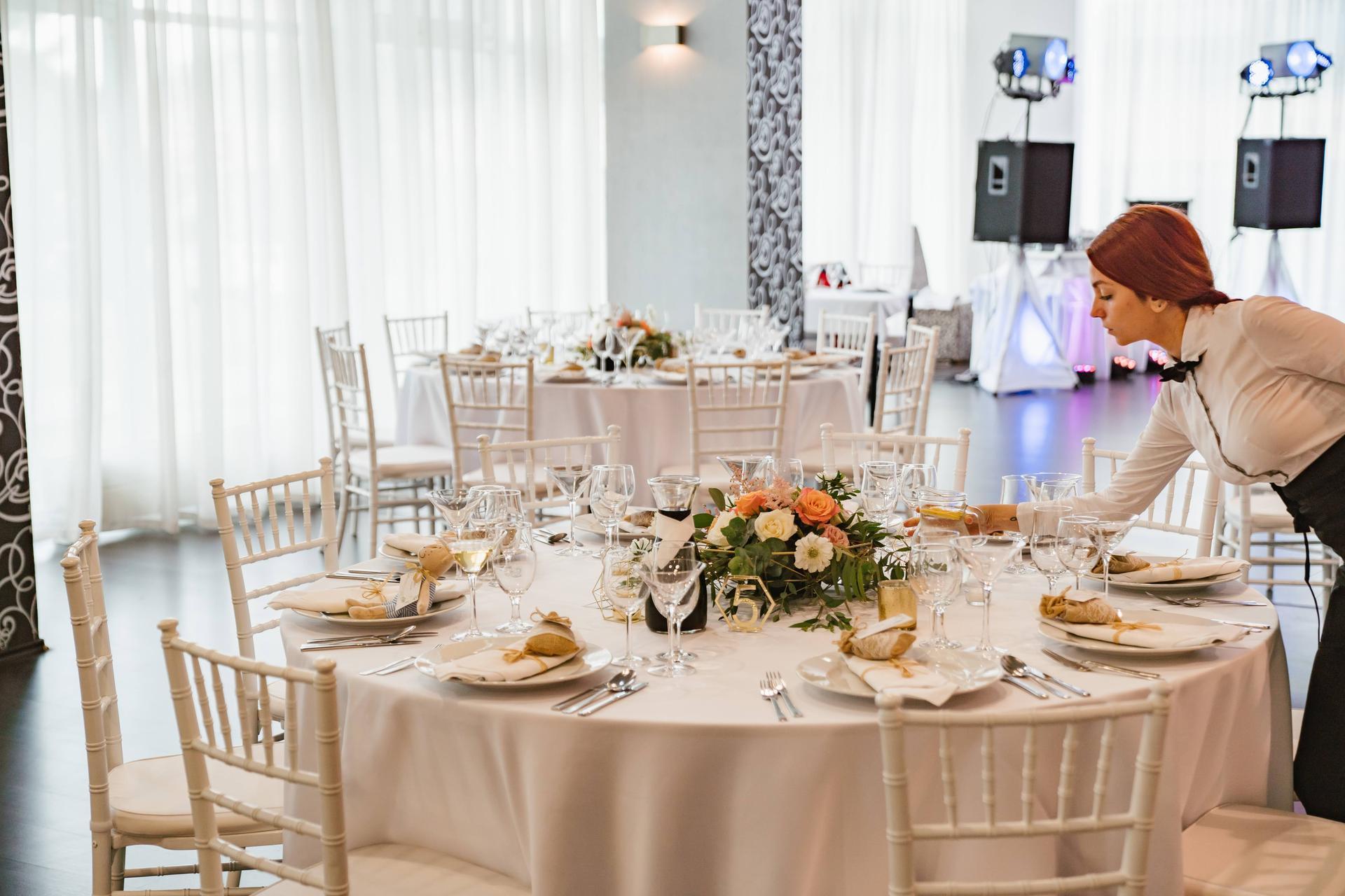 Opatrenia sa pomaličky uvoľňujú a vy ešte nemáte priestor na Vašu svadobnú hostinu? Maranello-ristorante je to ideálne miesto! Kontaktujte nás mailom na info@maranello-ristorante.sk alebo na tel.č.0948080180 - Obrázok č. 1