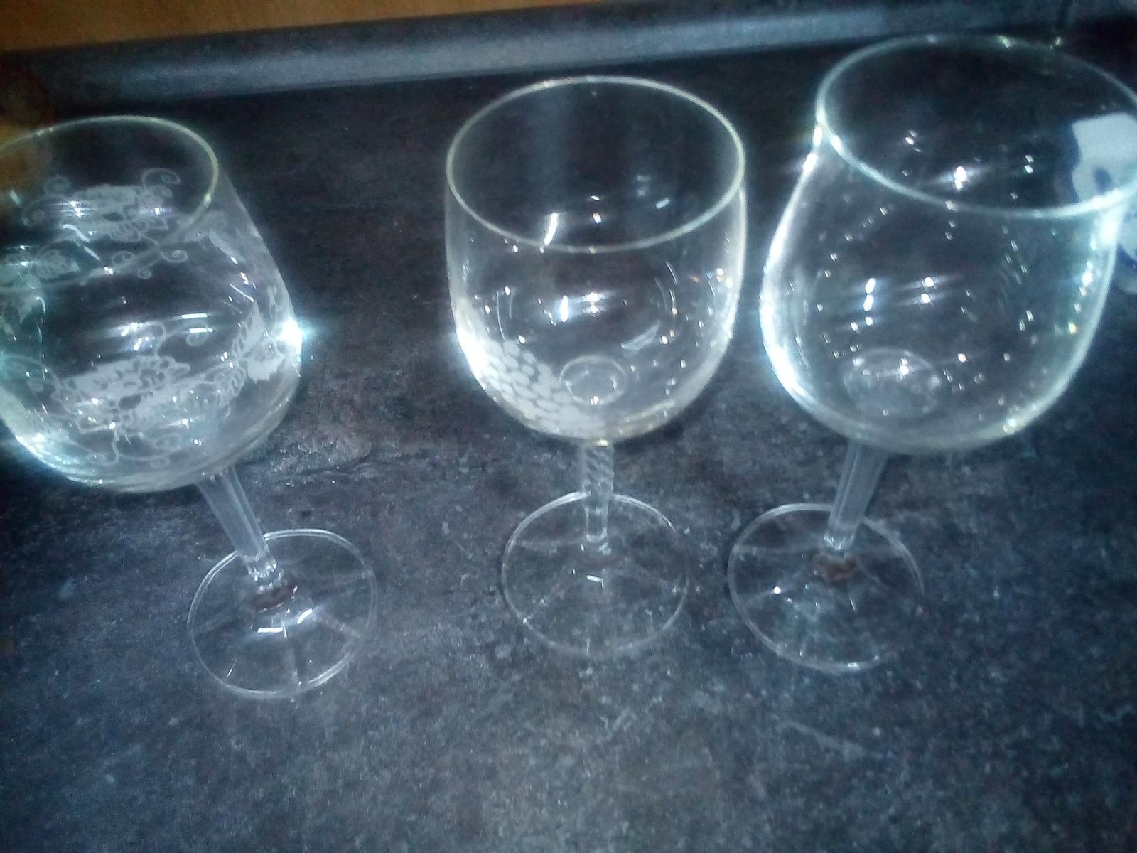 mix vínové poháre  - Obrázok č. 1