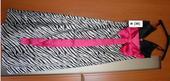 zebrové šaty s ružovou stuhou na chrbte, XS